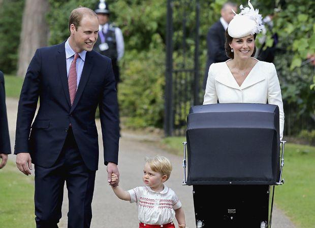William, Kate, George e Charlotte são flagrados juntos