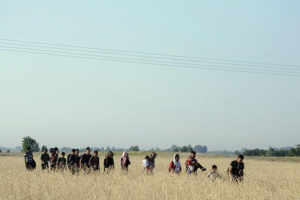 Projeto também estabelece aceleração de procedimentos de expulsão de imigrantes / Csaba Segesvari / AFP