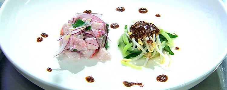 Ceviche clássico com sunomono de pepino moyashi