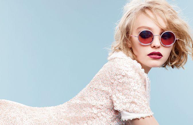 Lily-Rose defende o pai Johnny Depp de acusações