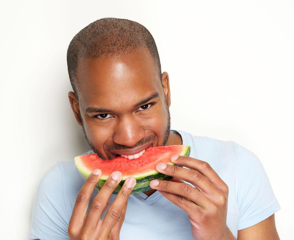 Saiba 15 motivos para comer melancia