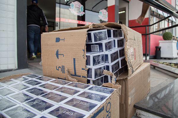 Polícia Civil ainda está contabilizando a quantidade de cigarros / Paulo Lopes / Futura Press / Folhapress