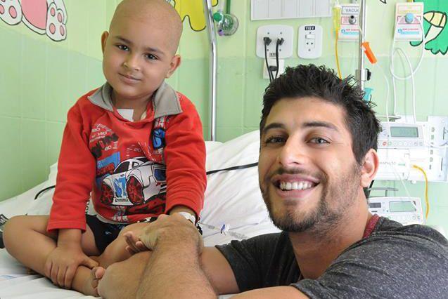 Jesus Luz também visitou os pacientes internados