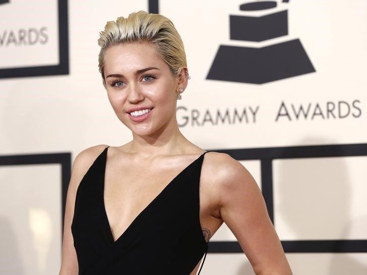 Miley Cyrus vai atacar de apresentadora no VMA / Mario Anzuoni/Reuters