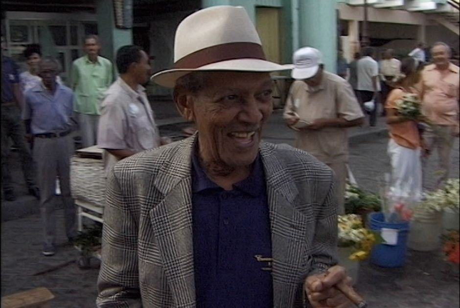 Documentário retrata vida do músico Compay Segundo