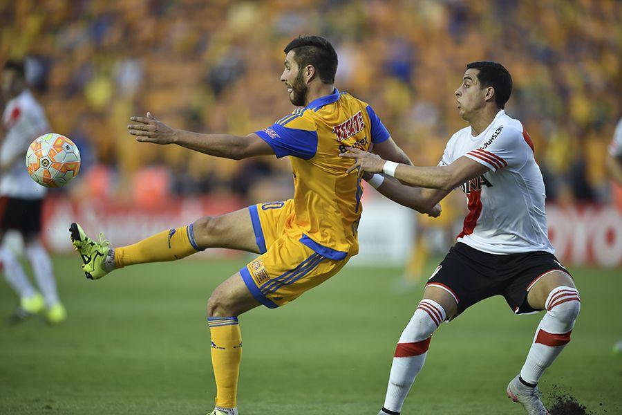 Equipes voltam a se enfrentar na próxima quarta-feira em Buenos Aires - Yuri Cortez/AFP