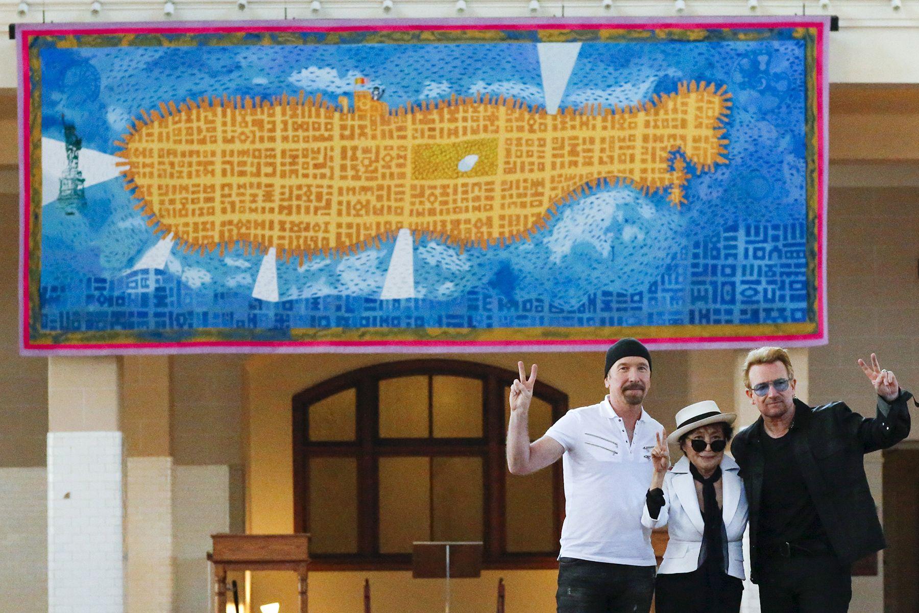 Nova York homenageia John Lennon com tapeçaria de submarino amarelo