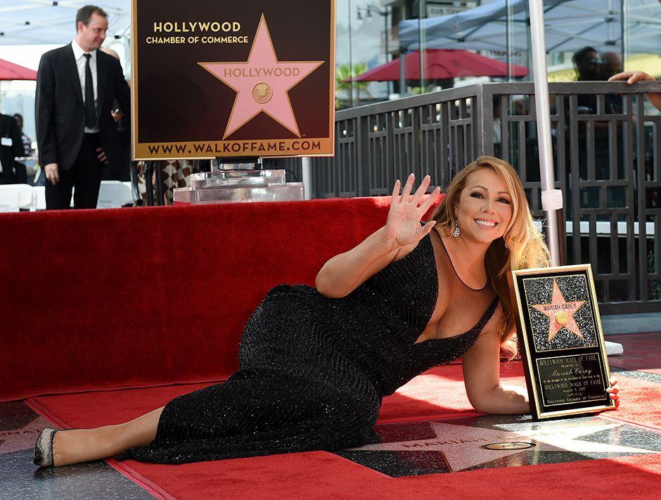 Mariah Carey é homenageada em Hollywood / Mark Ralston/AFP