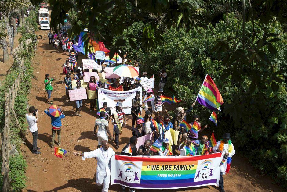 Uganda realizou uma parada gay nos arredores da capital Kampala neste sábado  / Edward Echwalu/Reuters