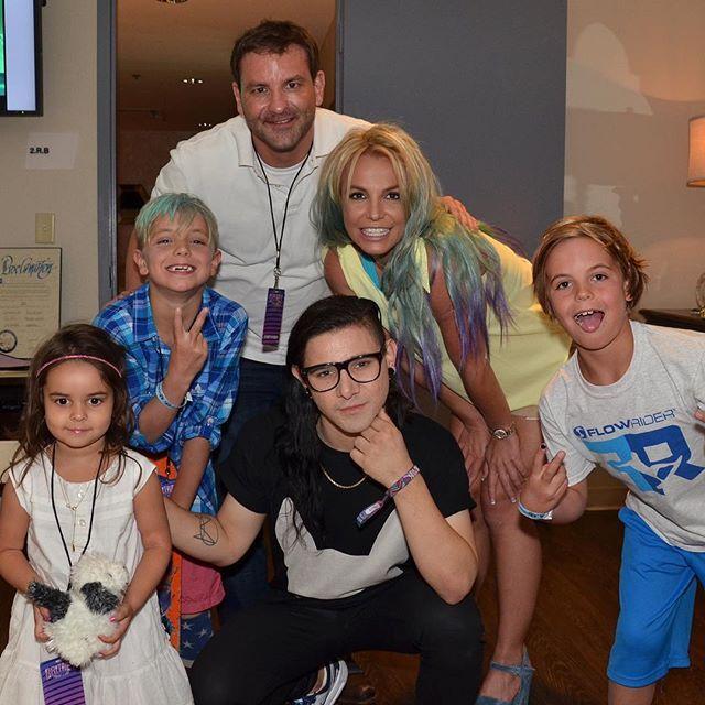 Britney Spears exibe novo look ao lado da família / Divulgação/Instagram