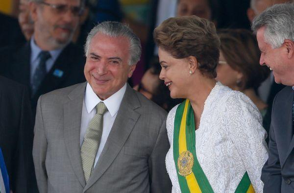 Temer diz que cabe a Cunha decidir sobre impeachment