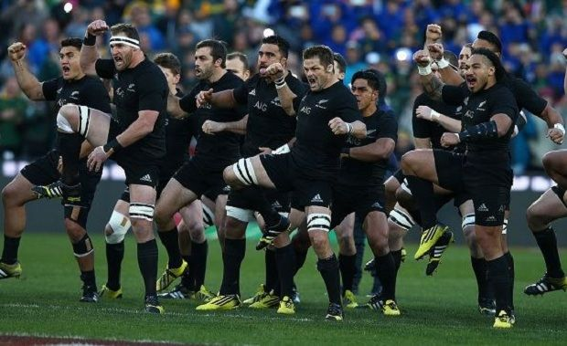 Povo Maori acusa All Blacks de lucrar com Haka