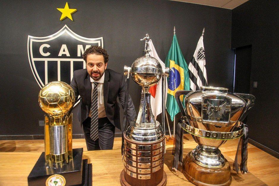 Presidente do Atlético-MG reclama do árbitro e pedirá punição à CBF