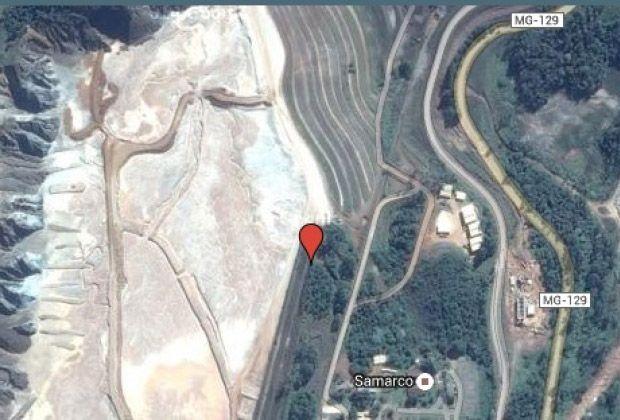 Acidente foi na barragem de Fundão, no distrito de Bento Rodrigues. Localidade é evacuada; sindicato fala em mais de 10 mortos