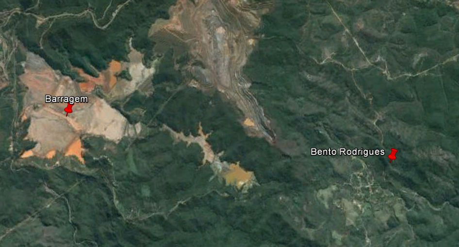Mapa mostra localização da barragem que cendeu e do distrito atingido