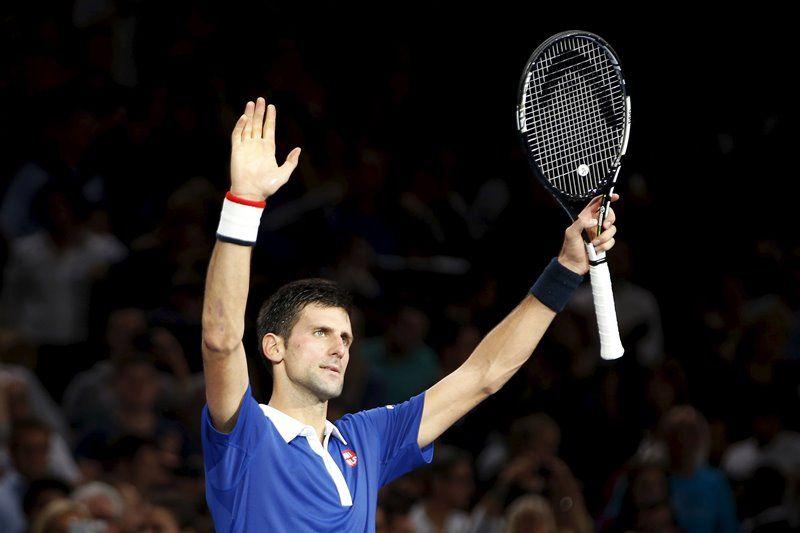 Djokovic termina 2015 com grande folga na liderança do ranking