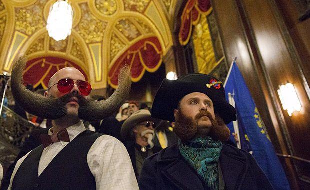 Nova York realiza competição de barba e bigode
