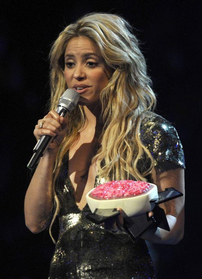 Shakira poderá circular pela Sapucaí no Carnaval carioca 2011