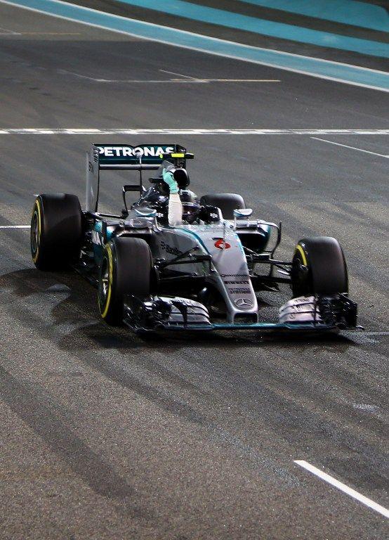 Nico Rosberg encerra temporada com vitória em Abu Dhabi
