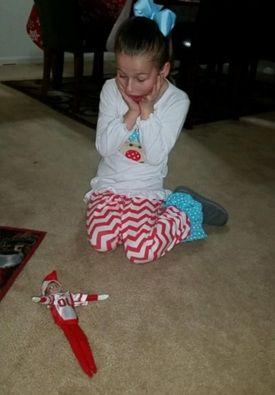 EUA: menina chama polícia por pensar que destruiu magia do Natal