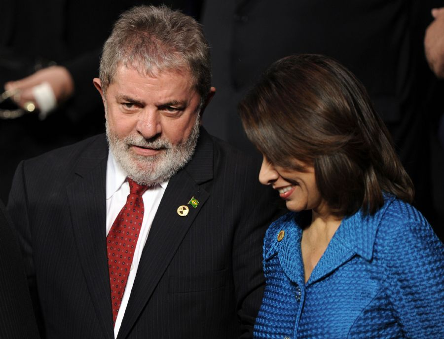 Lula participou pela última vez do foro ibero-americano antes de passar a faixa presidencial
