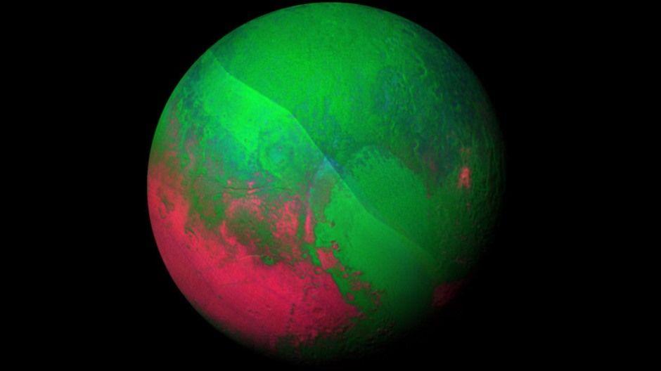 Plutão ficou verde e vermelho para celebrar o Natal / NASA/JHUAPL/SWRI