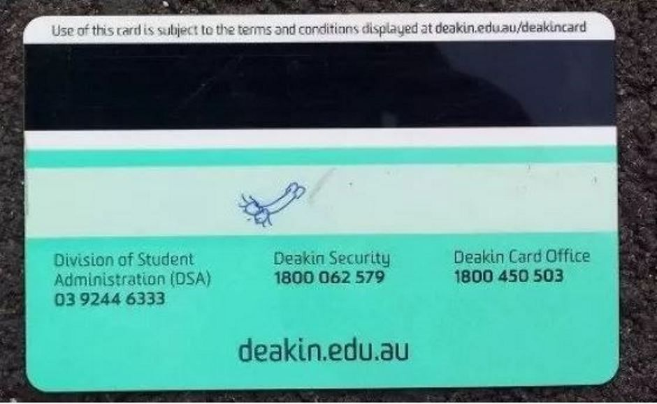 Australiano é impedido de usar desenho de pênis como assinatura
