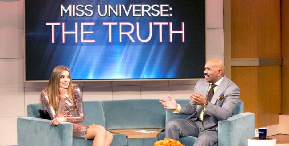Aprenda a ler cartões, diz colombiana ao apresentador do Miss Universo