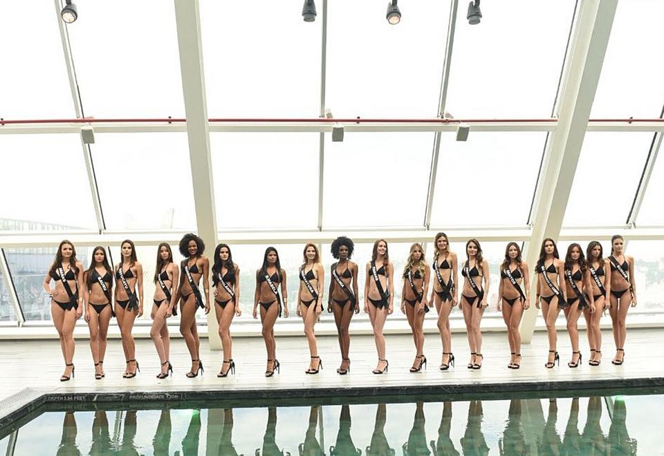 Candidatas à coroa do Miss SP desfilam de biquíni para o júri
