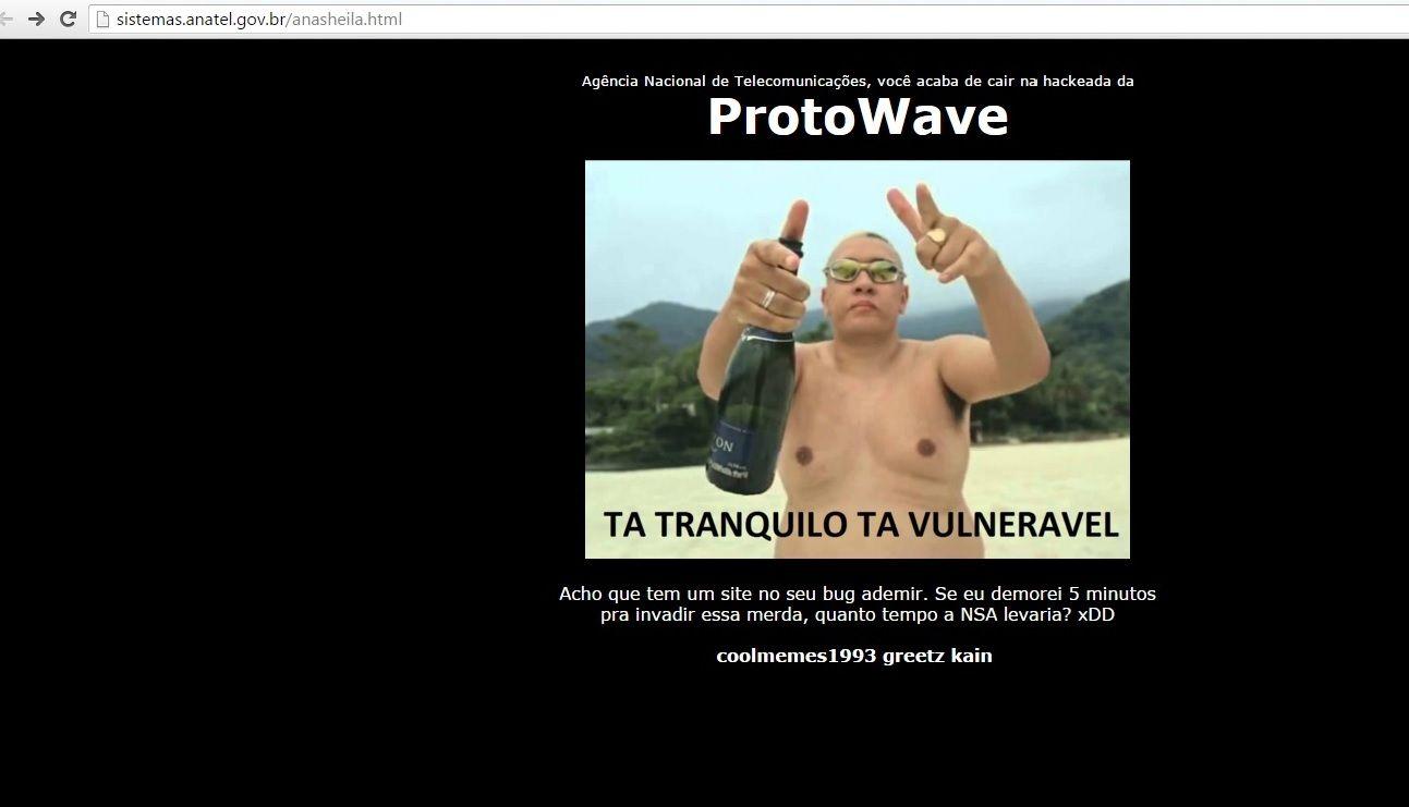 Hackers usaram imagem de funkeiro na invasão / Reprodução