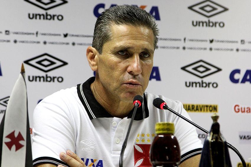Jorginho despista sobre Cruzeiro e pede foco na final