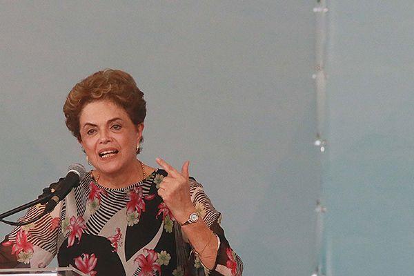 Para Dilma, atos mostram maturidade de um país que sabe conviver com opiniões divergentes / Jorge Araújo/Folhapress