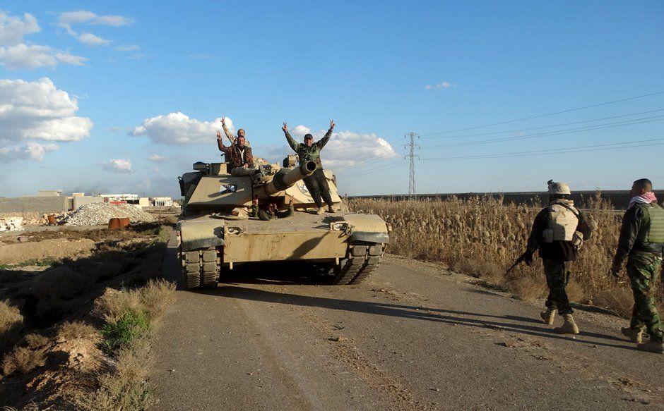 Iraque anuncia retomada total do controle de Ramadi