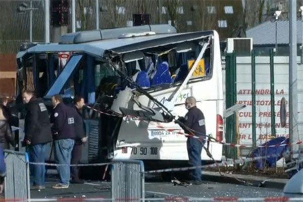 Seis adolescentes morrem em acidente na França