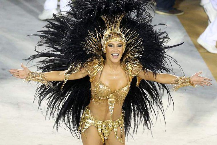 Claudia Leitte não é mais rainha de bateria da Mocidade