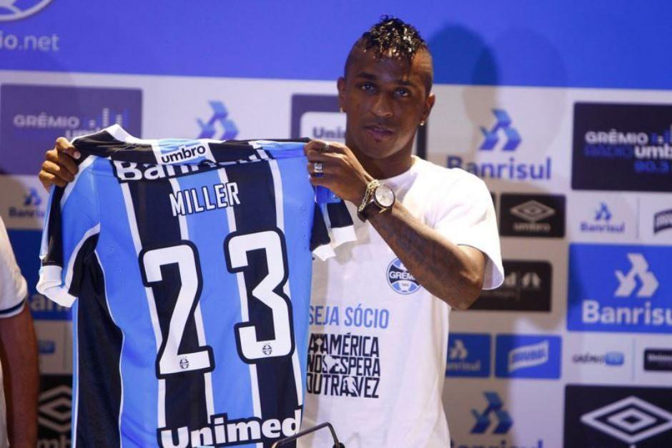 Swansea quer tirar Miller Bolaños do Grêmio