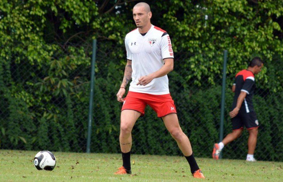 São Paulo contrata Maicon em definitivo