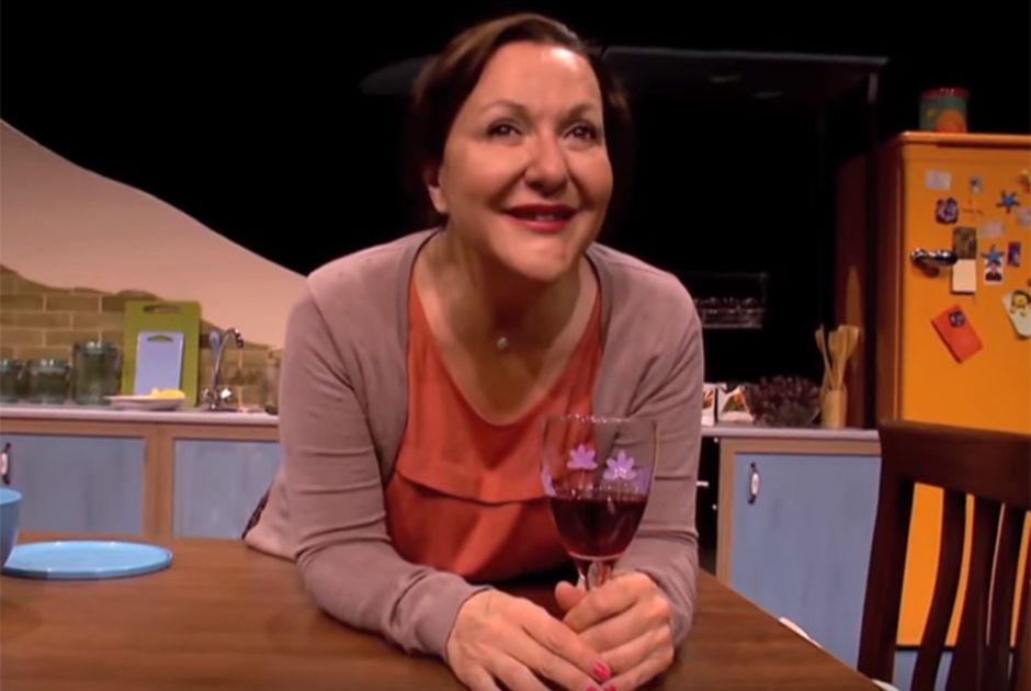 Sumru Yavrucuk, a Meryem, faz sucesso no teatro
