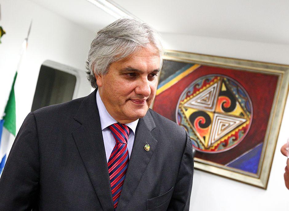 Presidente da OAB afirma que ao se manter no cargo, Delcídio debocha dos cidadãos / Pedro Ladeira/Folhapress