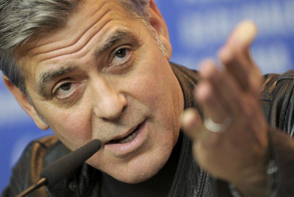 George Clooney visitou Pat Adams no Reino Unido / Stefanie Loos/Reuters