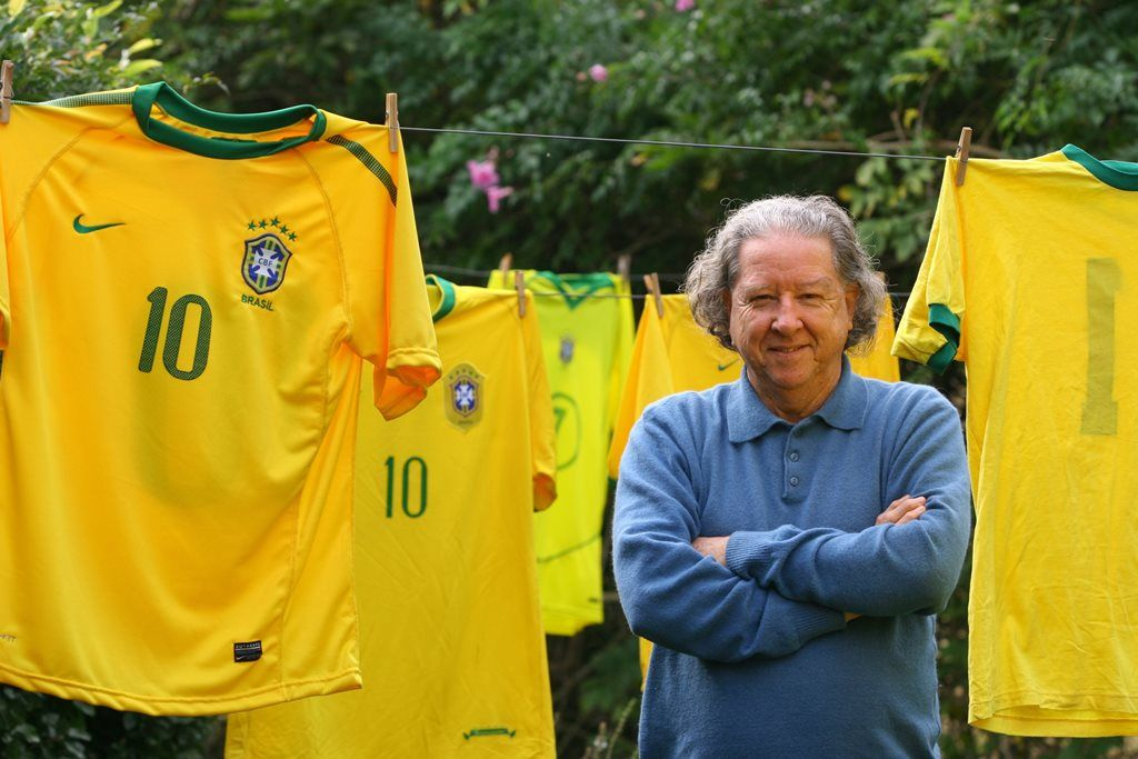 Criador da camisa da Seleção critica uso em protesto - Notícias ... 1ff90712abd18