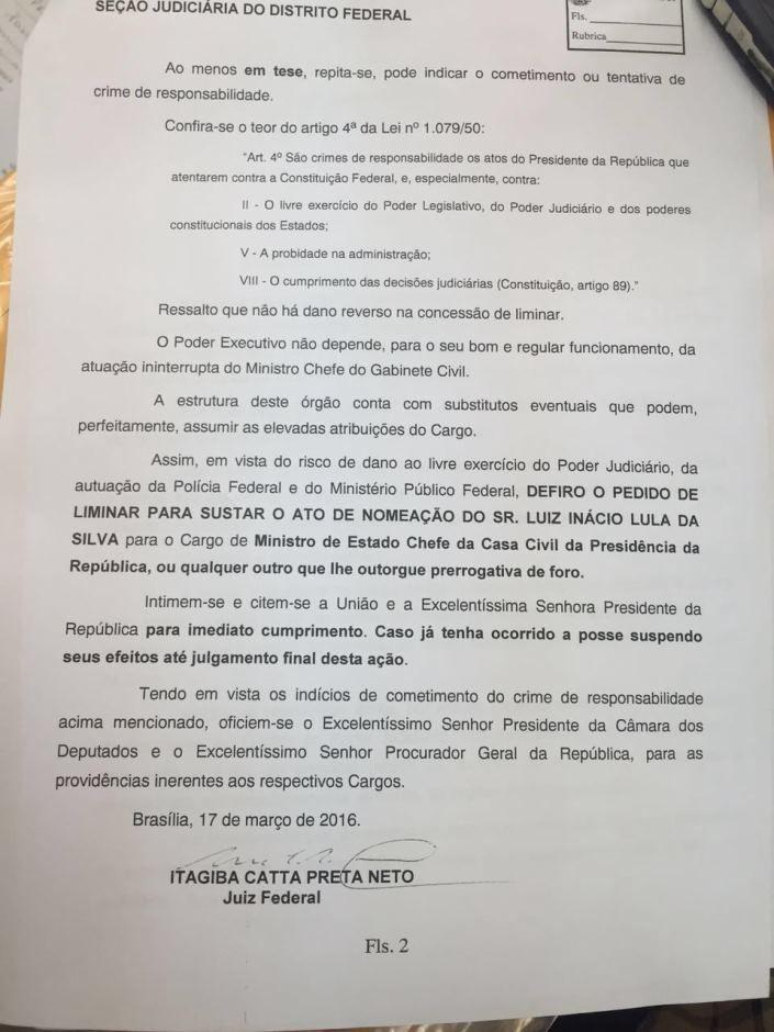 Liminar suspende efeitos da posse de Lula