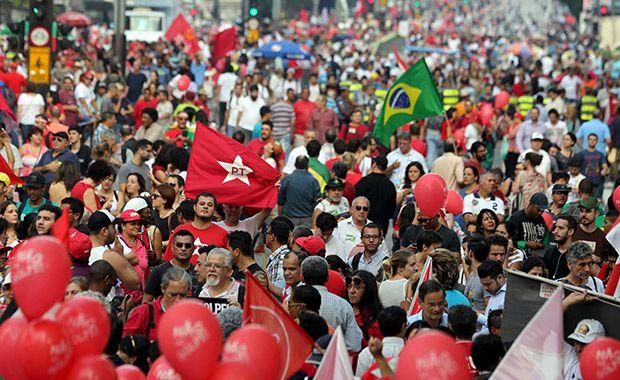 Protesto pró-Dilma