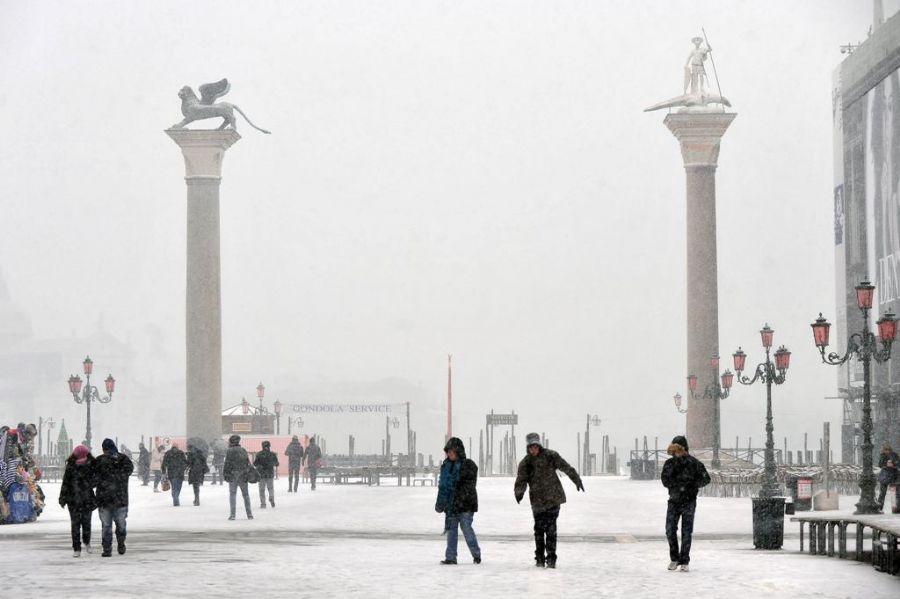 Resultado de imagem para veneza coberta de neve hoje