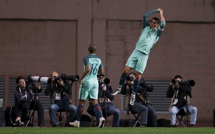 CR7 marca e Portugal vence a Bélgica em casa
