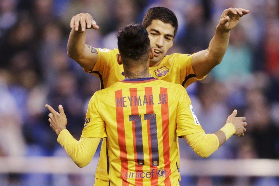 Herói do Barça, Suárez sai em defesa de Neymar