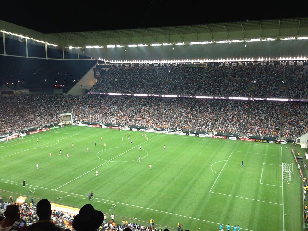Timão volta a prometer naming rights para este mês