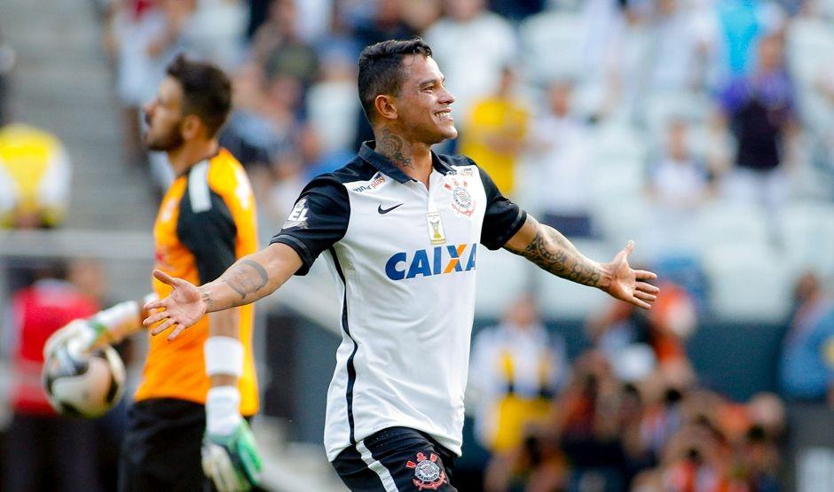 Recuperado, Giovanni Augusto será titular do Corinthians