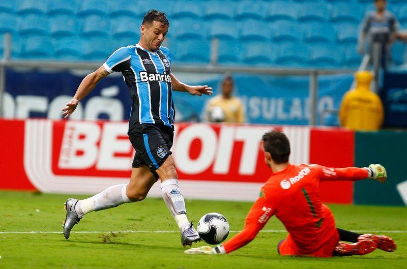 Grêmio vence o Juventude, mas está fora da final