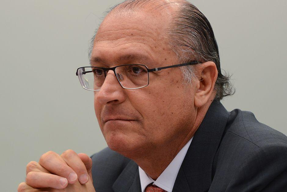 Alckmin nacionaliza agenda e articula bancada